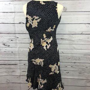 Banana Republic Dresses - Banana Republic Black Polka Dot Floral Dress